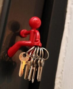 key pete peleg design magnetic man magnetisch mannetje sleutelhouder rood productfoto